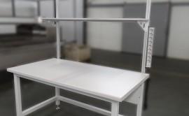 stol_z_lampa